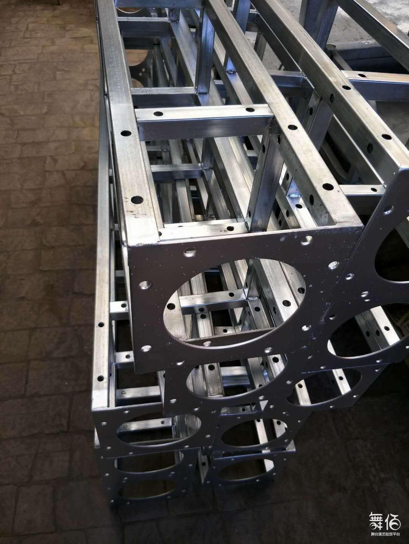 铁板桁架+方头